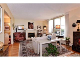 Photo 6: 301 1148 Goodwin St in VICTORIA: OB South Oak Bay Condo Apartment for sale (Oak Bay)  : MLS®# 743461