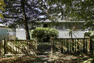 Photo 11: 2949 CHESTERFIELD Avenue in North Vancouver: Upper Lonsdale House for sale : MLS®# R2117460