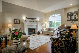 "Photo 2: 12362 63A Avenue in Surrey: Panorama Ridge House for sale in ""Boundary Park"" : MLS®# R2124383"