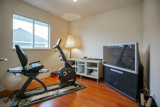 "Photo 15: 12362 63A Avenue in Surrey: Panorama Ridge House for sale in ""Boundary Park"" : MLS®# R2124383"