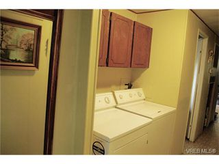 Photo 9: 36 1393 Craigflower Rd in VICTORIA: VR Glentana Manufactured Home for sale (View Royal)  : MLS®# 752982