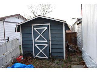 Photo 11: 36 1393 Craigflower Rd in VICTORIA: VR Glentana Manufactured Home for sale (View Royal)  : MLS®# 752982