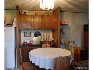 Photo 4: 36 1393 Craigflower Rd in VICTORIA: VR Glentana Manufactured Home for sale (View Royal)  : MLS®# 752982