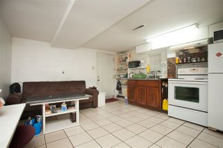 Photo 5: 2668 E 8TH Avenue in Vancouver: Renfrew VE House for sale (Vancouver East)  : MLS®# R2154195