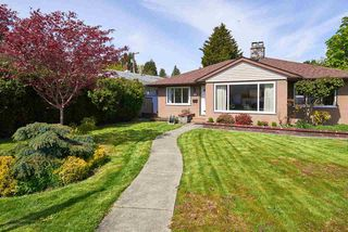 Photo 3: 327 NINTH Avenue in New Westminster: GlenBrooke North House for sale : MLS®# R2161217