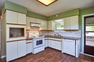 Photo 11: 327 NINTH Avenue in New Westminster: GlenBrooke North House for sale : MLS®# R2161217