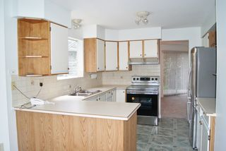 """Photo 4: 5 9253 122 Street in Surrey: Queen Mary Park Surrey Townhouse for sale in """"Kensington Gate"""" : MLS®# R2162184"""