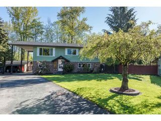 Photo 1: 7966 141B Street in Surrey: East Newton House for sale : MLS®# R2164556