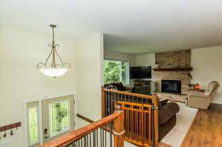 Photo 4: 2870 Southeast 6th Avenue in Salmon Arm: Hillcrest House for sale : MLS®# 10135671