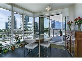 """Photo 5: 402 2008 ROSSER Avenue in Burnaby: Brentwood Park Condo for sale in """"SOLO - STRATUS"""" (Burnaby North)  : MLS®# R2184327"""
