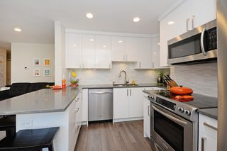 "Photo 4: 104 2234 W 1ST Avenue in Vancouver: Kitsilano Condo for sale in ""OCEAN VILLA"" (Vancouver West)  : MLS®# R2191969"