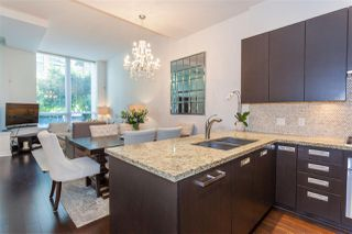 """Photo 4: 1051 RICHARDS Street in Vancouver: Downtown VW Townhouse for sale in """"DONOVAN"""" (Vancouver West)  : MLS®# R2198101"""