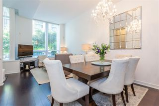 """Photo 3: 1051 RICHARDS Street in Vancouver: Downtown VW Townhouse for sale in """"DONOVAN"""" (Vancouver West)  : MLS®# R2198101"""