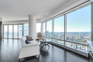 """Photo 5: 5102 1151 W GEORGIA Street in Vancouver: Coal Harbour Condo for sale in """"TRUMP TOWER"""" (Vancouver West)  : MLS®# R2230495"""