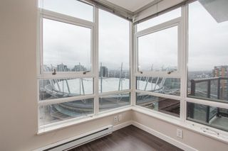 "Photo 4: 3205 928 BEATTY Street in Vancouver: Yaletown Condo for sale in ""The Max"" (Vancouver West)  : MLS®# R2244754"
