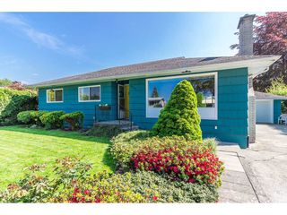 Photo 2: 46136 BROOKS Avenue in Chilliwack: Chilliwack E Young-Yale House for sale : MLS®# R2262822