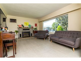 Photo 4: 46136 BROOKS Avenue in Chilliwack: Chilliwack E Young-Yale House for sale : MLS®# R2262822