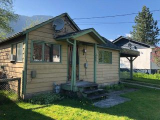 Photo 7: 268 CARIBOO Avenue in Hope: Hope Center House for sale : MLS®# R2264290