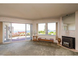 "Photo 3: 103 15025 VICTORIA Avenue: White Rock Condo for sale in ""Victoria Terrace"" (South Surrey White Rock)  : MLS®# R2274564"