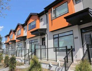 Main Photo: 2 15530 90 Avenue in Edmonton: Zone 22 Townhouse for sale : MLS®# E4117590