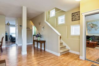 """Photo 10: 19083 69A Avenue in Surrey: Clayton House for sale in """"Clayton"""" (Cloverdale)  : MLS®# R2303297"""