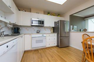 Photo 6: 404 1705 MARTIN Drive in Surrey: Sunnyside Park Surrey Condo for sale (South Surrey White Rock)  : MLS®# R2303776