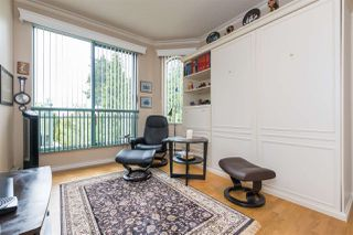 Photo 8: 404 1705 MARTIN Drive in Surrey: Sunnyside Park Surrey Condo for sale (South Surrey White Rock)  : MLS®# R2303776