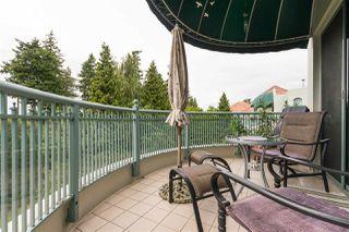 Photo 10: 404 1705 MARTIN Drive in Surrey: Sunnyside Park Surrey Condo for sale (South Surrey White Rock)  : MLS®# R2303776