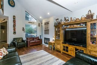 """Photo 5: 8988 ROYAL Street in Langley: Fort Langley House for sale in """"Fort Langley"""" : MLS®# R2317989"""