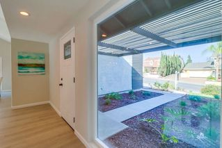 Photo 5: SAN CARLOS House for sale : 3 bedrooms : 8662 Robles Dr. in San Diego