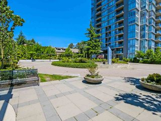 Photo 2: 104 555 DELESTRE Avenue in Coquitlam: Coquitlam West Condo for sale : MLS®# R2330761
