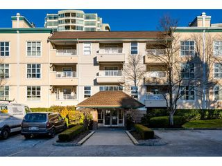 "Main Photo: 204 10038 150 Street in Surrey: Guildford Condo for sale in ""MAYFIELD GREEN"" (North Surrey)  : MLS®# R2332800"
