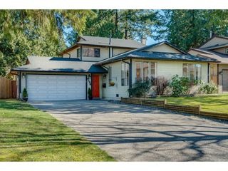 "Main Photo: 6136 129A Street in Surrey: Panorama Ridge House for sale in ""Panorama Park"" : MLS®# R2351139"