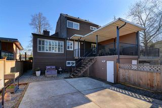 Photo 19: 5611 CLAUDE Avenue in Burnaby: Burnaby Lake House 1/2 Duplex for sale (Burnaby South)  : MLS®# R2352938