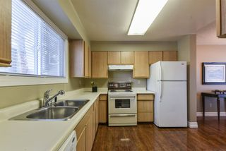 Photo 6: 41 4403 RIVERBEND Road in Edmonton: Zone 14 Townhouse for sale : MLS®# E4149721