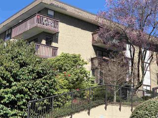 "Photo 13: 203 120 E 4TH Street in North Vancouver: Lower Lonsdale Condo for sale in ""Excelsior House"" : MLS®# R2358559"