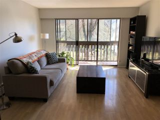 "Photo 3: 203 120 E 4TH Street in North Vancouver: Lower Lonsdale Condo for sale in ""Excelsior House"" : MLS®# R2358559"