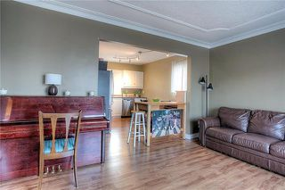 Photo 8: 1212 Ashburn Street in Winnipeg: Polo Park Single Family Detached for sale (5C)  : MLS®# 1909250
