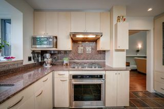 Photo 11: 916 RICE Road in Edmonton: Zone 14 House for sale : MLS®# E4162814