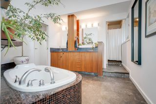 Photo 17: 916 RICE Road in Edmonton: Zone 14 House for sale : MLS®# E4162814