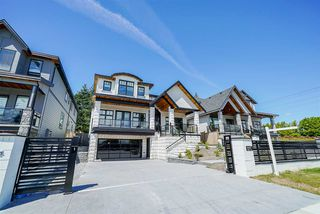 Main Photo: 9487 162A Street in Surrey: Fleetwood Tynehead House for sale : MLS®# R2384390