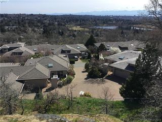 Photo 22: 7 881 Nicholson St in VICTORIA: SE High Quadra Row/Townhouse for sale (Saanich East)  : MLS®# 818953