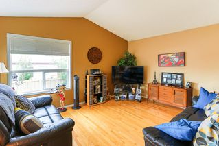 Photo 3: 16015 91 Street in Edmonton: Zone 28 House for sale : MLS®# E4165078