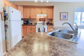 Photo 5: 16015 91 Street in Edmonton: Zone 28 House for sale : MLS®# E4165078
