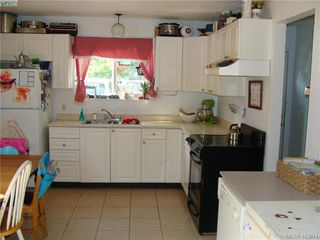 Photo 13: 937+939 Shearwater St in VICTORIA: Es Old Esquimalt Full Duplex for sale (Esquimalt)  : MLS®# 820703