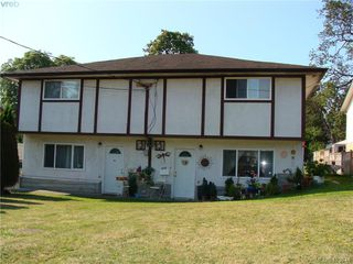 Photo 1: 937+939 Shearwater Street in VICTORIA: Es Old Esquimalt Revenue Duplex for sale (Esquimalt)  : MLS®# 413814