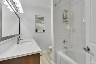 Photo 14: 1030 GATENSBURY Road in Port Moody: Port Moody Centre House for sale : MLS®# R2394825