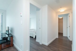 Photo 5: 713 933 E HASTINGS Street in Vancouver: Strathcona Condo for sale (Vancouver East)  : MLS®# R2399927