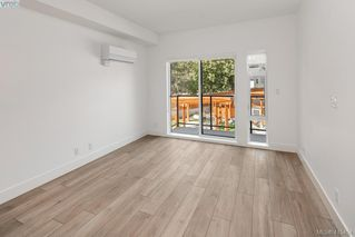 Photo 7: 205 991 McKenzie Avenue in VICTORIA: SE Quadra Condo Apartment for sale (Saanich East)  : MLS®# 415454
