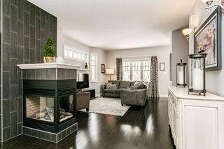 Photo 3: 4923 TERWILLEGAR Common in Edmonton: Zone 14 Attached Home for sale : MLS®# E4196133